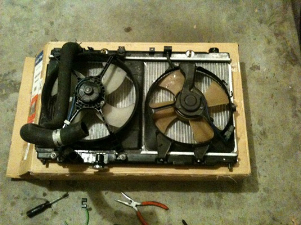 acura car new radiator put together